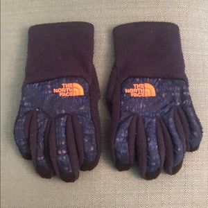 The North Face Boys gloves